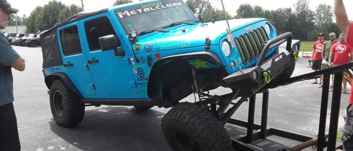 Jeep flex during Christmas benefit Jeep Invasion